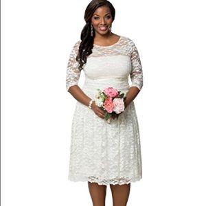 NWT! Kiyonna Lace Illusion wedding Dress/Size 3